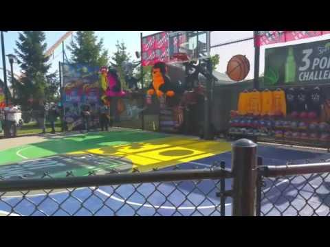 Canada Wonderland 3 point Basketball contest
