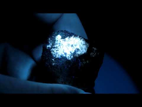 Diogenite UV Luminous and Visble light