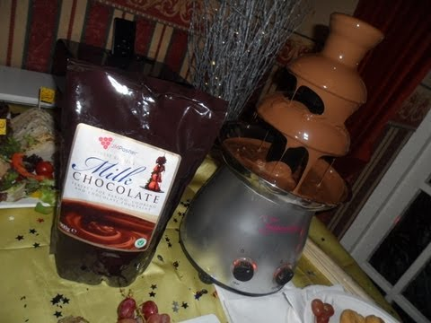 how-to-make-the-best-chocolate-fountain-waterfall-for-a-christmas-party