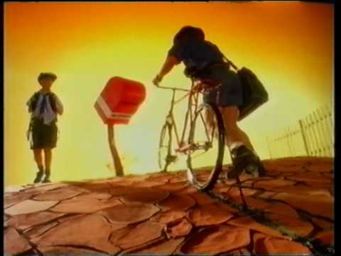 Cottee's cordial ad from mid 90's