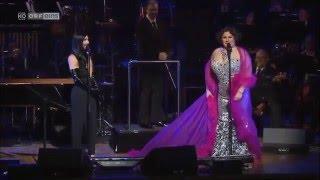 Repeat youtube video Conchita Wurst. - Singing songs of Shirley Bassey in Sydney, Austrália.