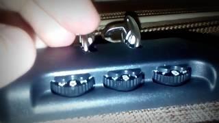 Як зламати замок валізи