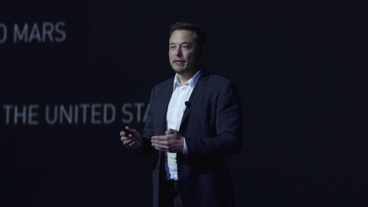 Elon Musk's Rocket Travel Plan Is Def Possible, Def Bananas