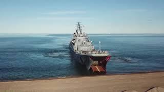 Высадка морского десанта Северного флота на побережье Чукотки в рамках маневров «Восток-2018»