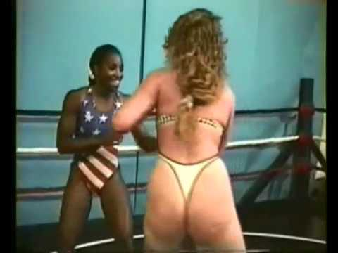 Male vs Female Ring Fight from YouTube · Duration:  2 minutes 19 seconds