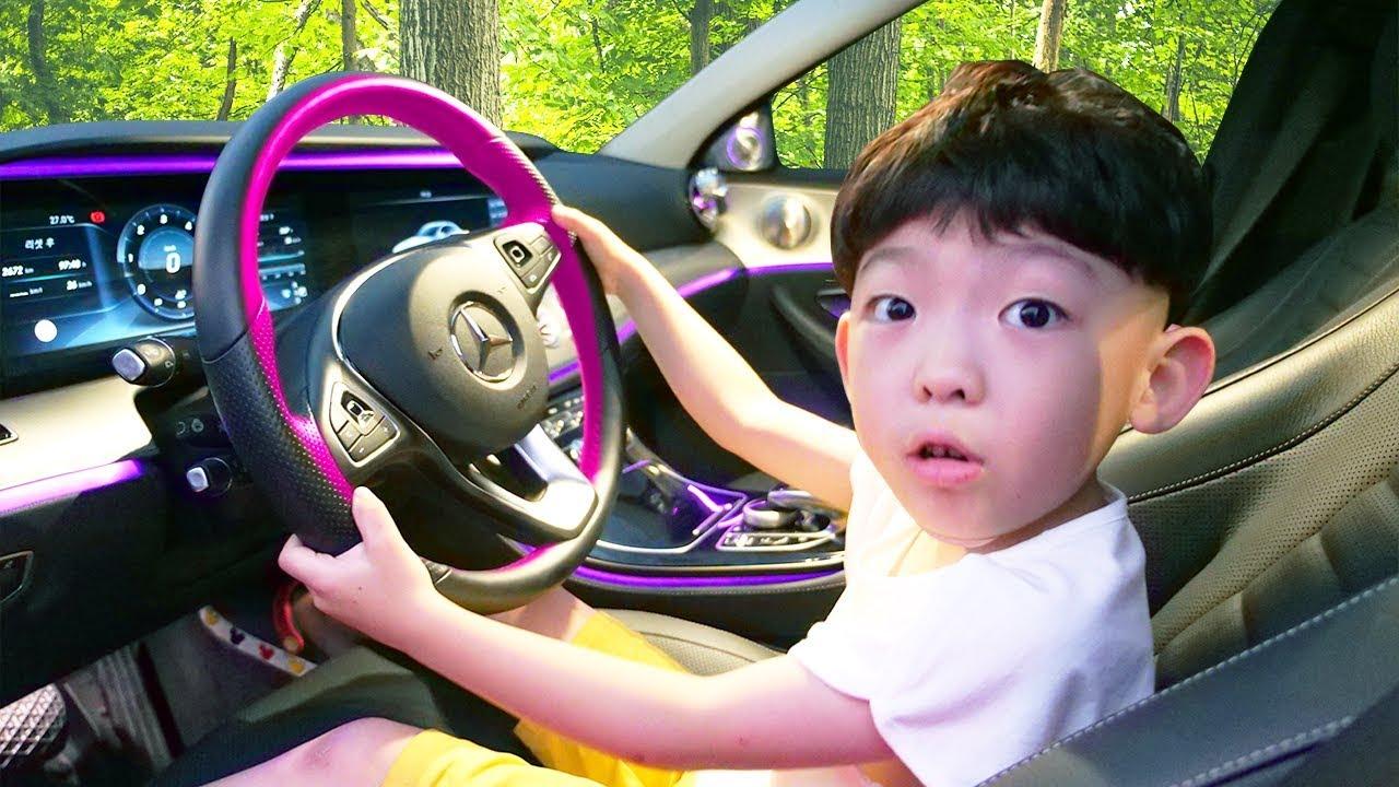 자동차 타고 키즈카페 가요! We are in the Car Wheels On Bus Nursery ...