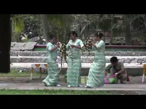 This is Burma - Yangon Zoological Gardens
