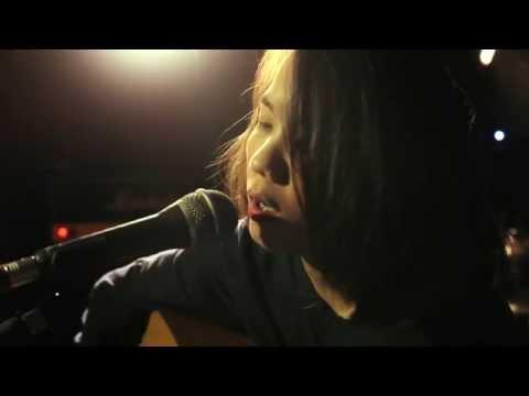 Nadya Fatira - Thousand Miles (cover version)