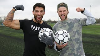 Manden har kæmpe overarme! Men hvor god er han til fodbold? ▻Türker...