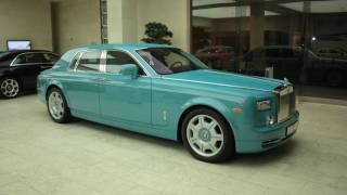 Turquoise Rolls Royce Phantom in Qatar