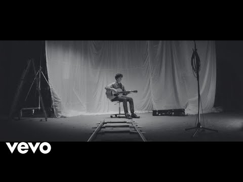 Declan McKenna - Make Me Your Queen (Official Video)