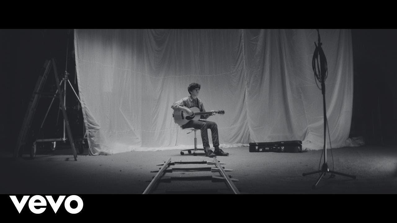 Declan McKenna - Make Me Your Queen (Official Video)