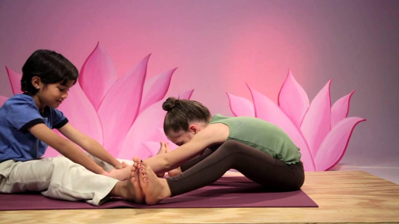 Space Partner Poses Omolulu Yoga For Children Dvd Youtube