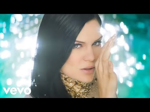 Jessie J  Burnin Up ft 2 Chainz