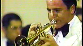 Banda Sinfónica de la Fuerza Aérea de Chile 1983 #3 Concierto para trompeta, F J Haydn. Video