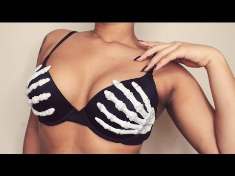 75be02f05c303 DIY Skeleton Hand Bra!