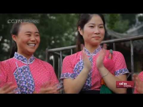 Loto salido del agua   ASÍ ES CHINA 25/02/2017 Luzhi