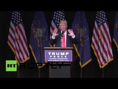 USA: Trump blasts Clinton over leaked DNC emails
