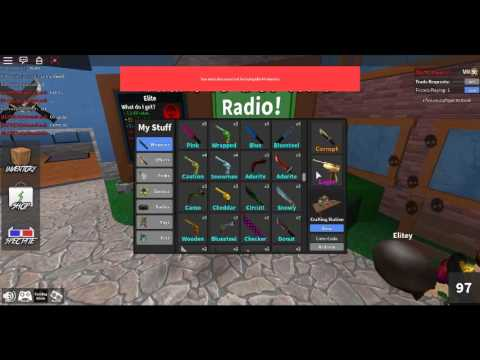 Roblox MM2: Showing my stuff before I was hacked - YouTube