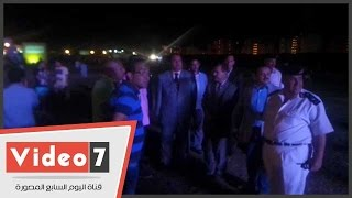 """مدير أمن مطروح يتابع دخول الجمهور لحفل """"الكينج"""" محمد منير"""