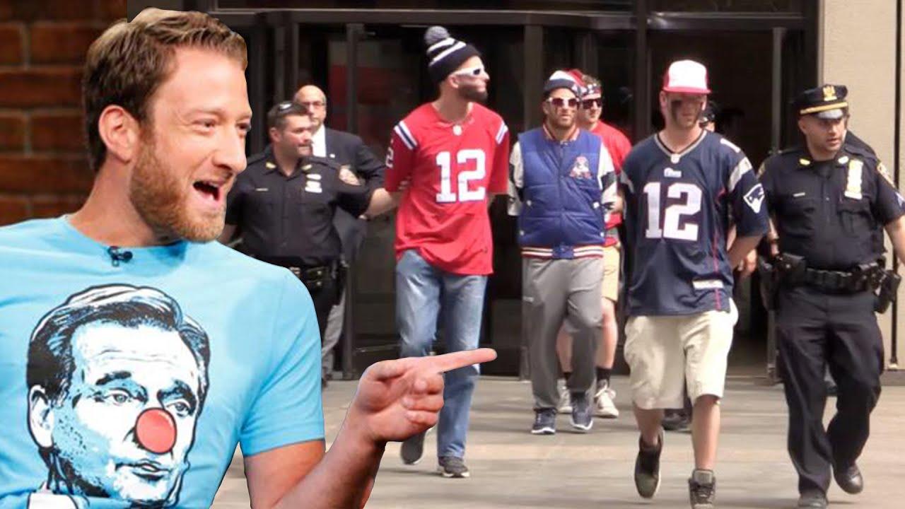 Trump, Barstool Sports' Dave Portnoy talk kneeling protests, Twitter ...