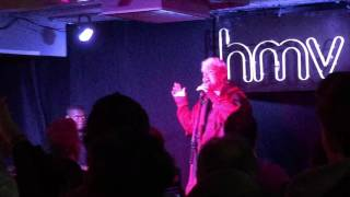 Emeli Sande - Breathing Underwater Live @ HMV Oxford Street 14/11/16