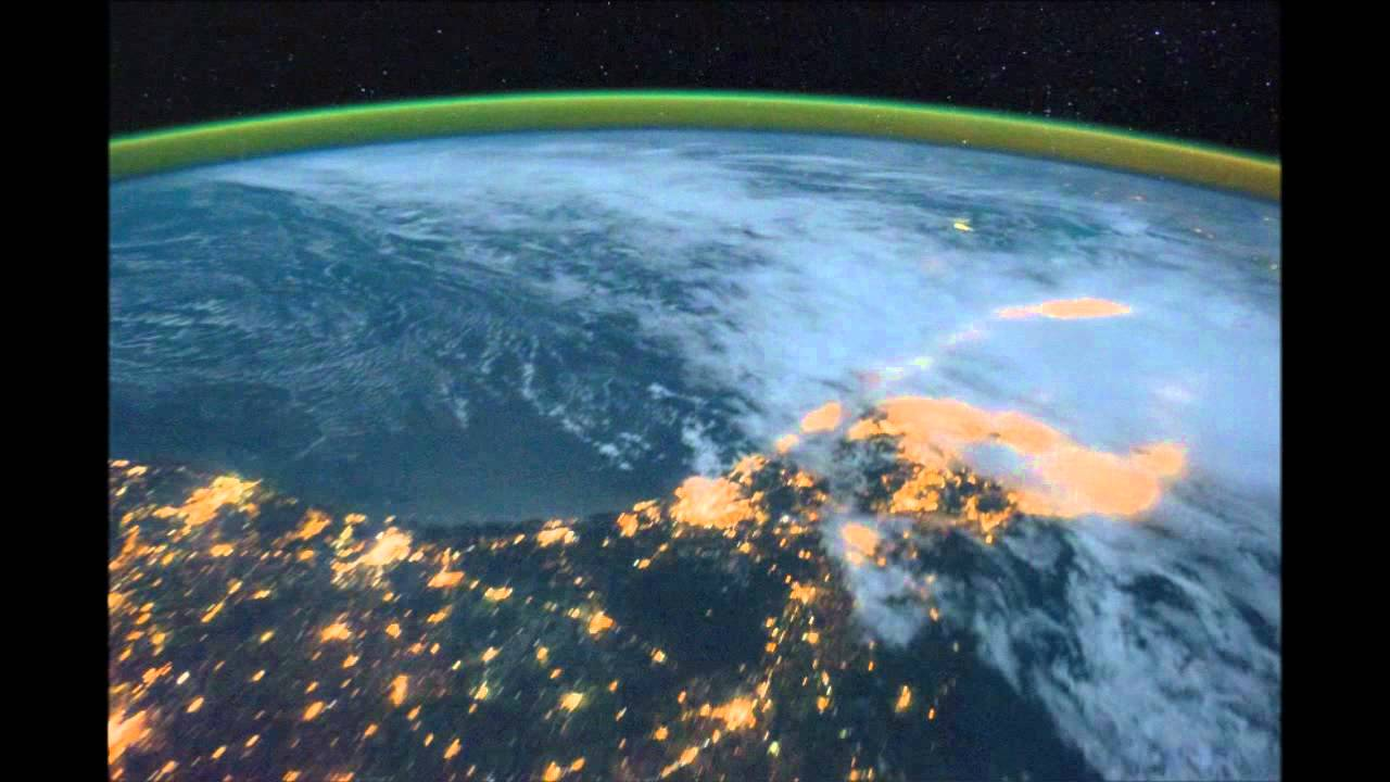 Canada usa at night from space station youtube for Space station usa