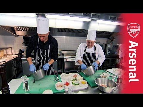 Wojciech Szczesny vs Rob (The Chef )