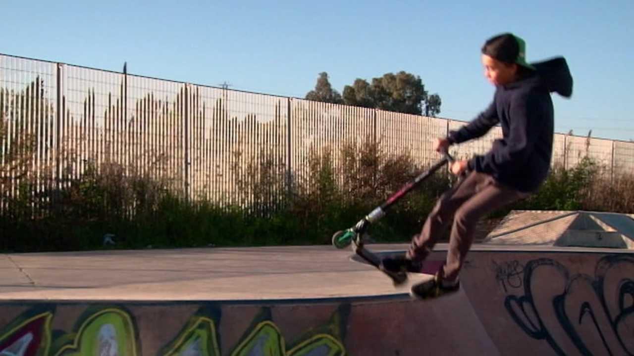 Mis incios en patinetes con 9 a os gerard molina youtube for Para desarrollar un parque ajardinado