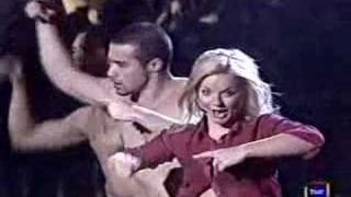 Geri Halliwell - Lift Me Up (Live At Musica Si 1999)