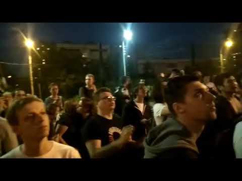 Собравшиеся у суда в поддержку Ивана Голунова