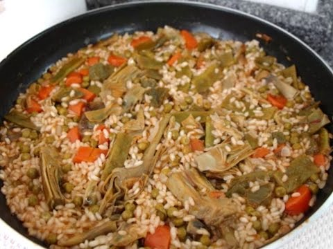 Recipe: Vegetable Rice Paella with meat options