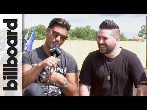 """Dan + Shay on Playing New Single """"Road Trippin'"""" Live   Faster Horses 2017"""