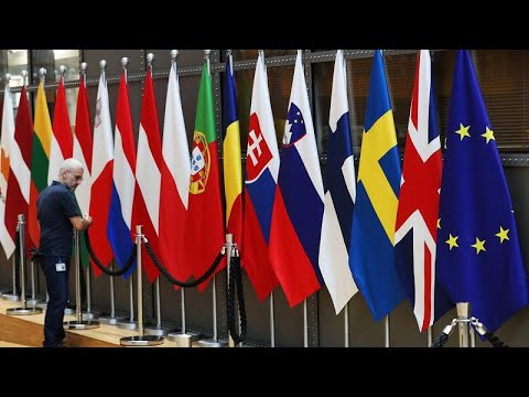 Albânia e Macedónia do Norte voltam a ficar à porta da UE