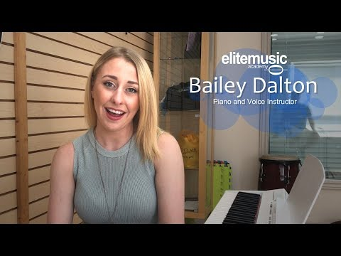 Bailey Dalton: Singing and Piano Lessons in Toronto