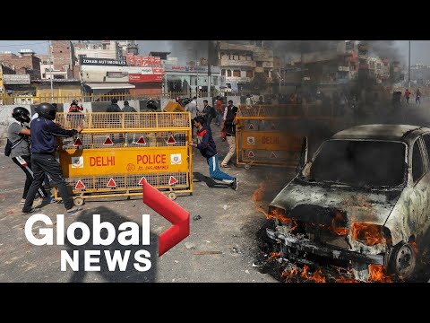 India protests: Deadly riots break out in New Delhi over cit