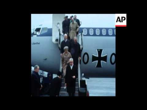SYND 10/5/70 PRESIDENT OF THE FEDERAL REPUBLIC OF GERMANY MET AT AIRPORT BY EISAKU SATO