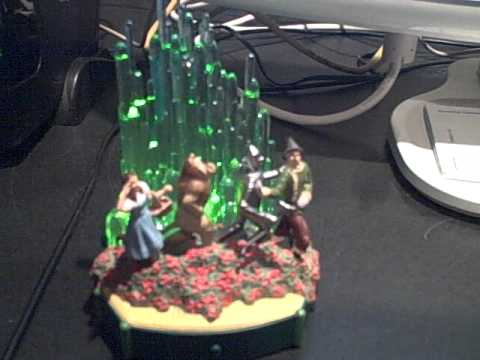 Hallmark's Emerald City Ornament.avi
