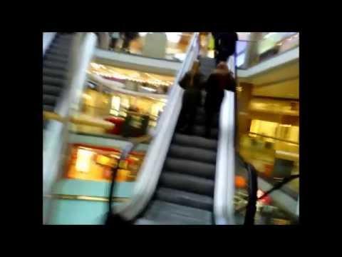 Kringlan shopping center, REYKJAVIK, ICELAND / Крінґлан, торговий центр