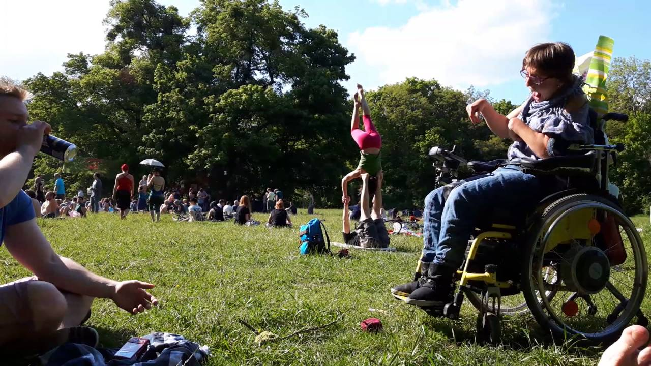 Out Of Time And Space Boccia Auf Der Praterwiese Wien Youtube
