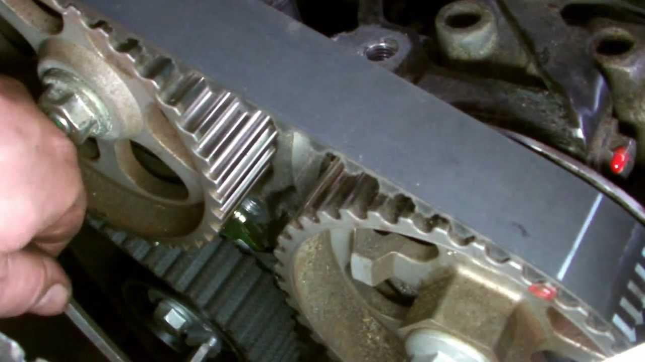 Renault 15dcinissan Qashqai 15 Dci Timing Belt Replacment Youtube 3 4 Liter Engine Diagram Nissan