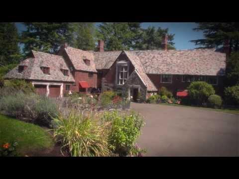 Historic Waterfront Estate | 7326 Bowlyn Place, Seattle WA