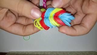 Плетем пёрышки на рогатке из резинок. Урок: Плетение из резинок.