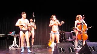 Jenny Lee Stern with The Skivvies