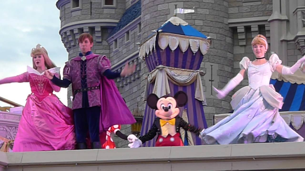 mickey mouse show at cinderella s castle at the magi kingdom youtube