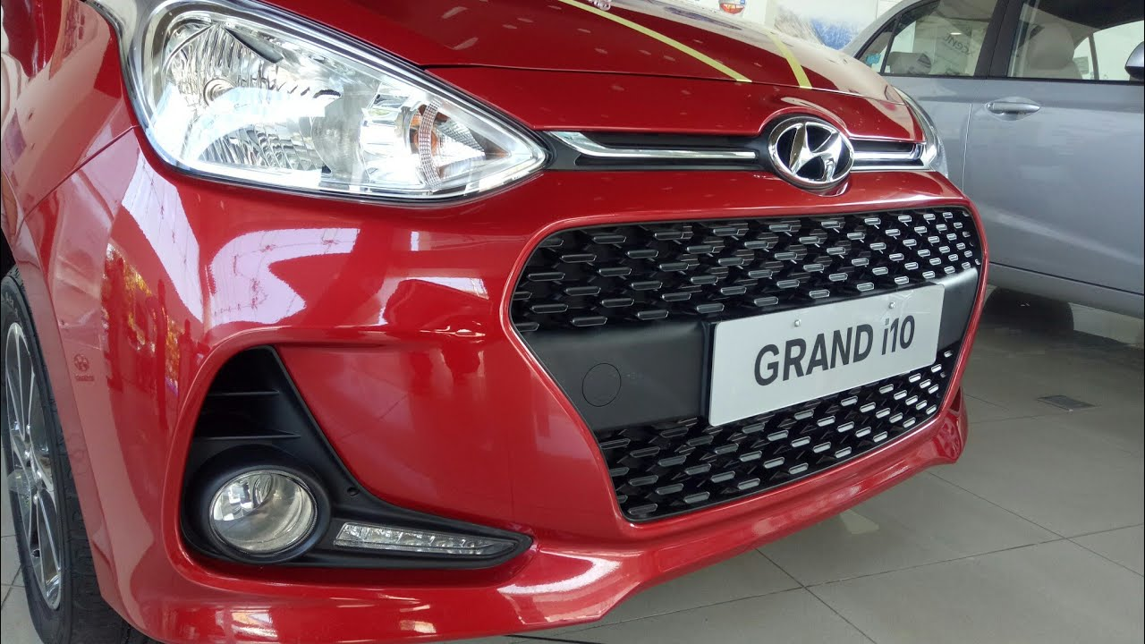 hyundai grand i10 updated version new tail lamps angel eye fog lamps youtube. Black Bedroom Furniture Sets. Home Design Ideas
