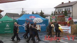 W Maciejowicach dożynkowa tradycja mocniejsza od deszczu ! Marsz musi być - 2018