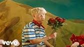 Finn Askew - Roses (Official Video)