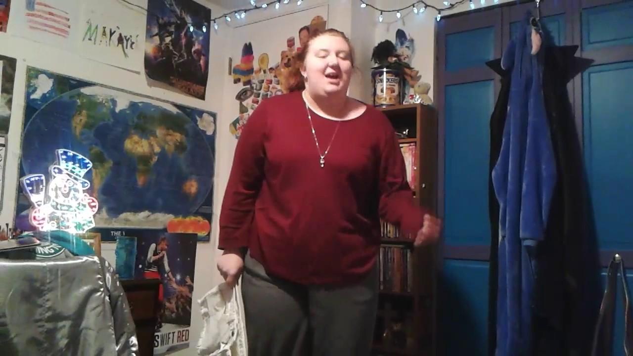 Tide Pod Challenge >> My sister does the tide pod challenge😂 - YouTube
