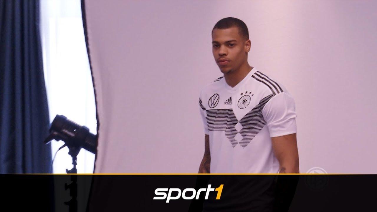 Shootingstar Lukas Nmecha - Dieses englische Toptalent stürmt jetzt für Deutschland | SPORT1